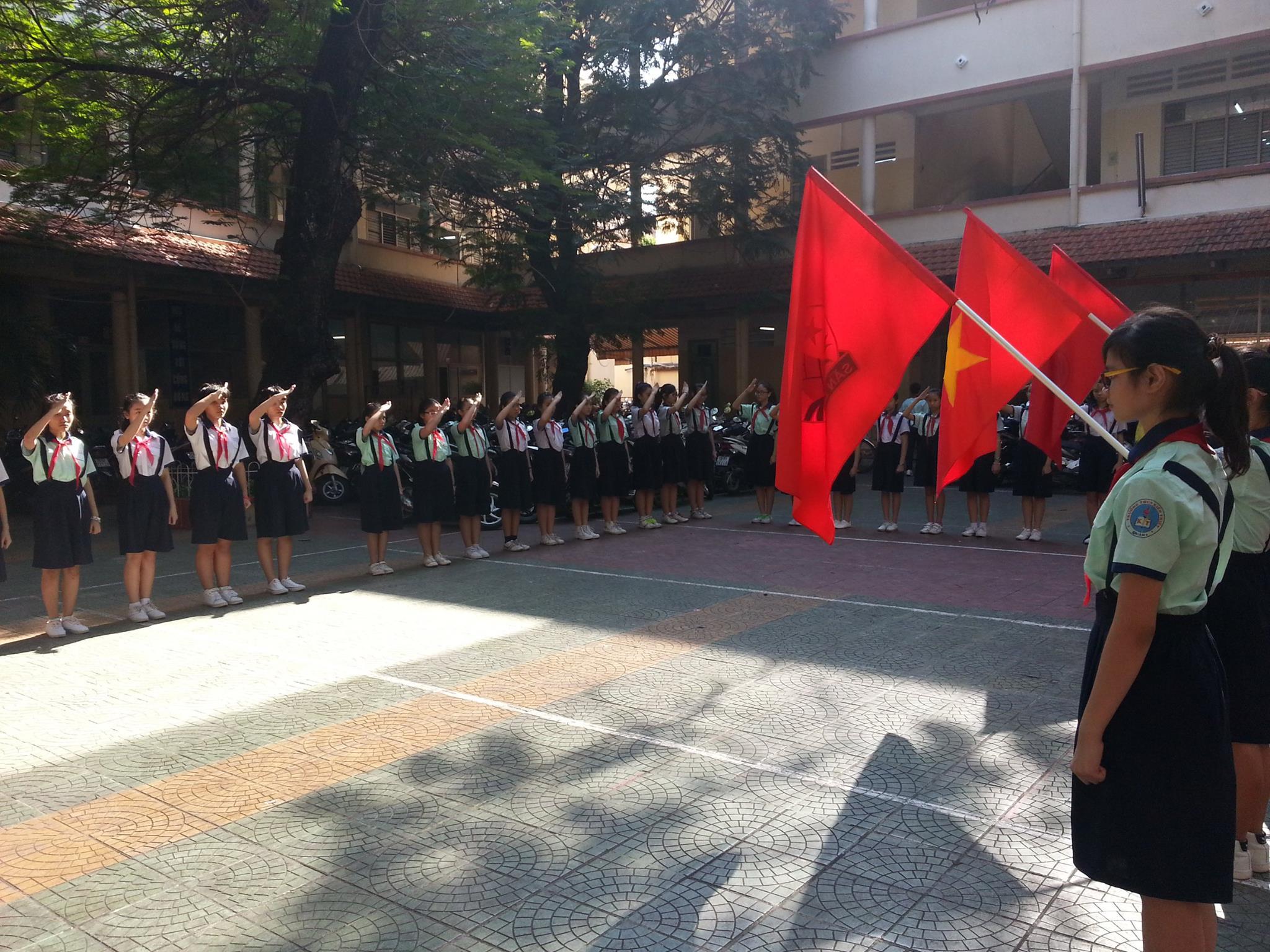 Áo thun lớp 8A5 – THCS Kiến Thiết
