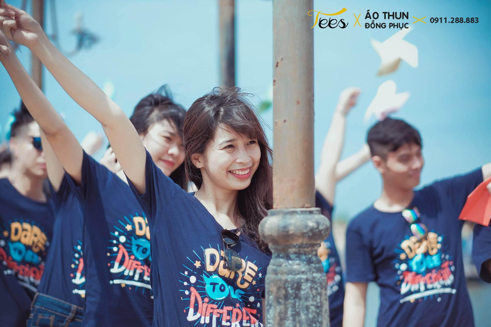 Ấn tượng áo thun lớp 12D3 trường THPT Trấn Biên