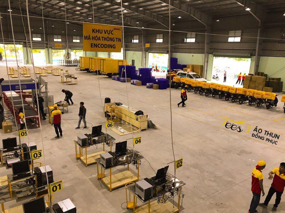 Áo thun đồng phục công ty chuyển phát nhanh DHL Việt Nam