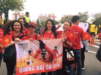 Áo thun Việt Nam vô địch khẳng định tinh thần mạnh mẽ của người Việt trước đội tuyển Malaysia.
