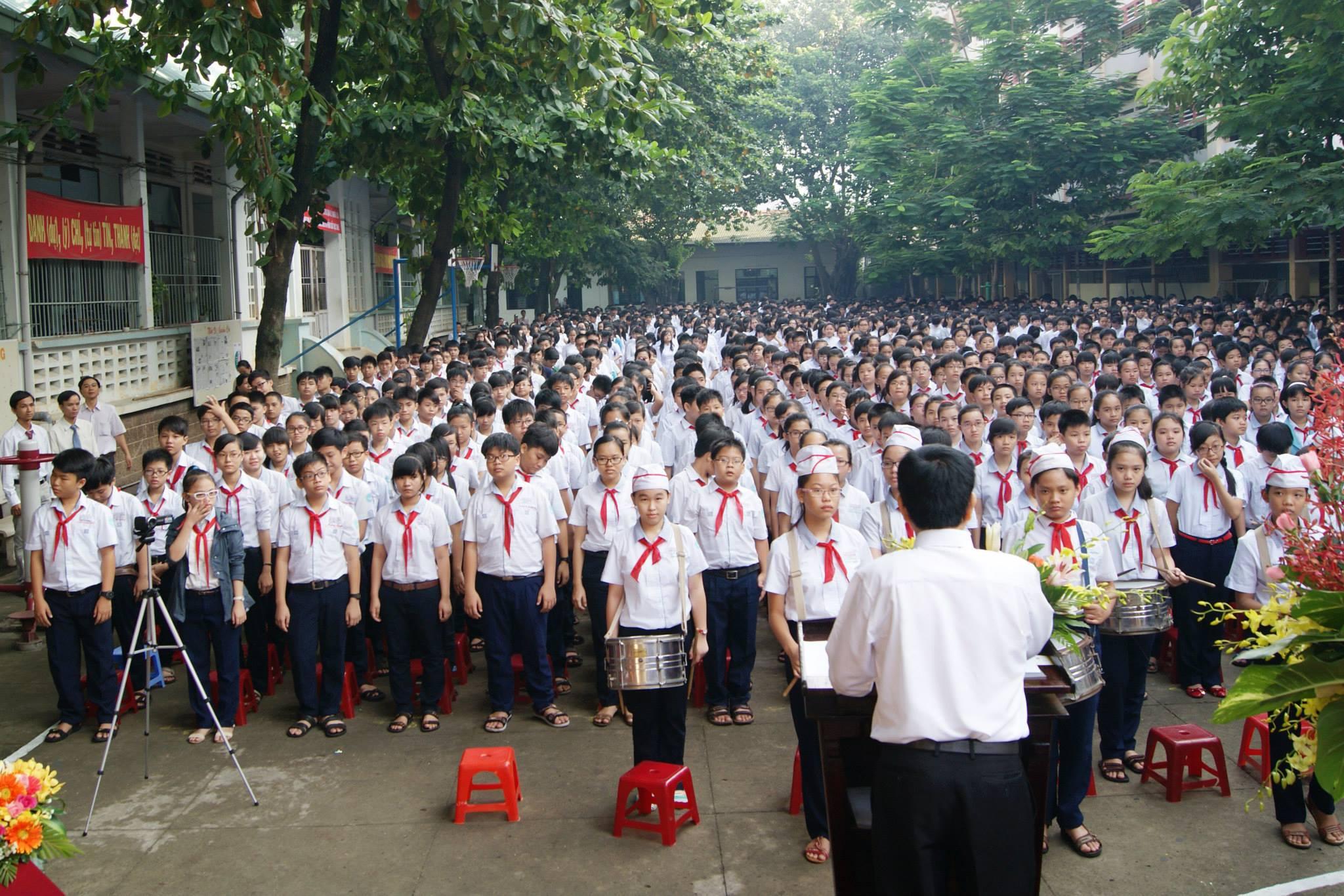 Áo thun lớp 11D12 – THPT Nguyễn Khuyến – CS4