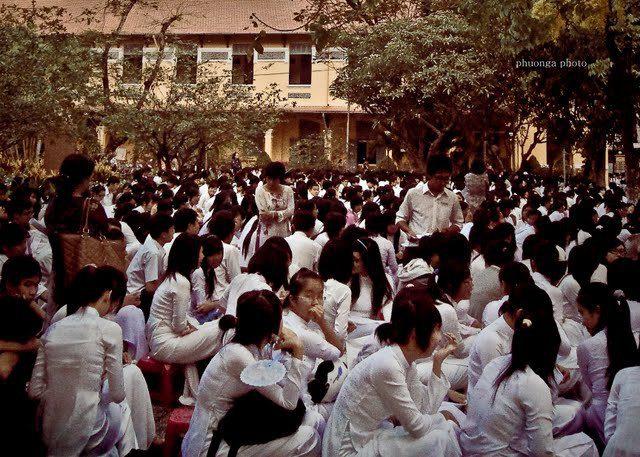 37301 133052280058404 7752368 n - Mẫu áo thun lớp 12A1 - Nguyễn Thị Minh Khai